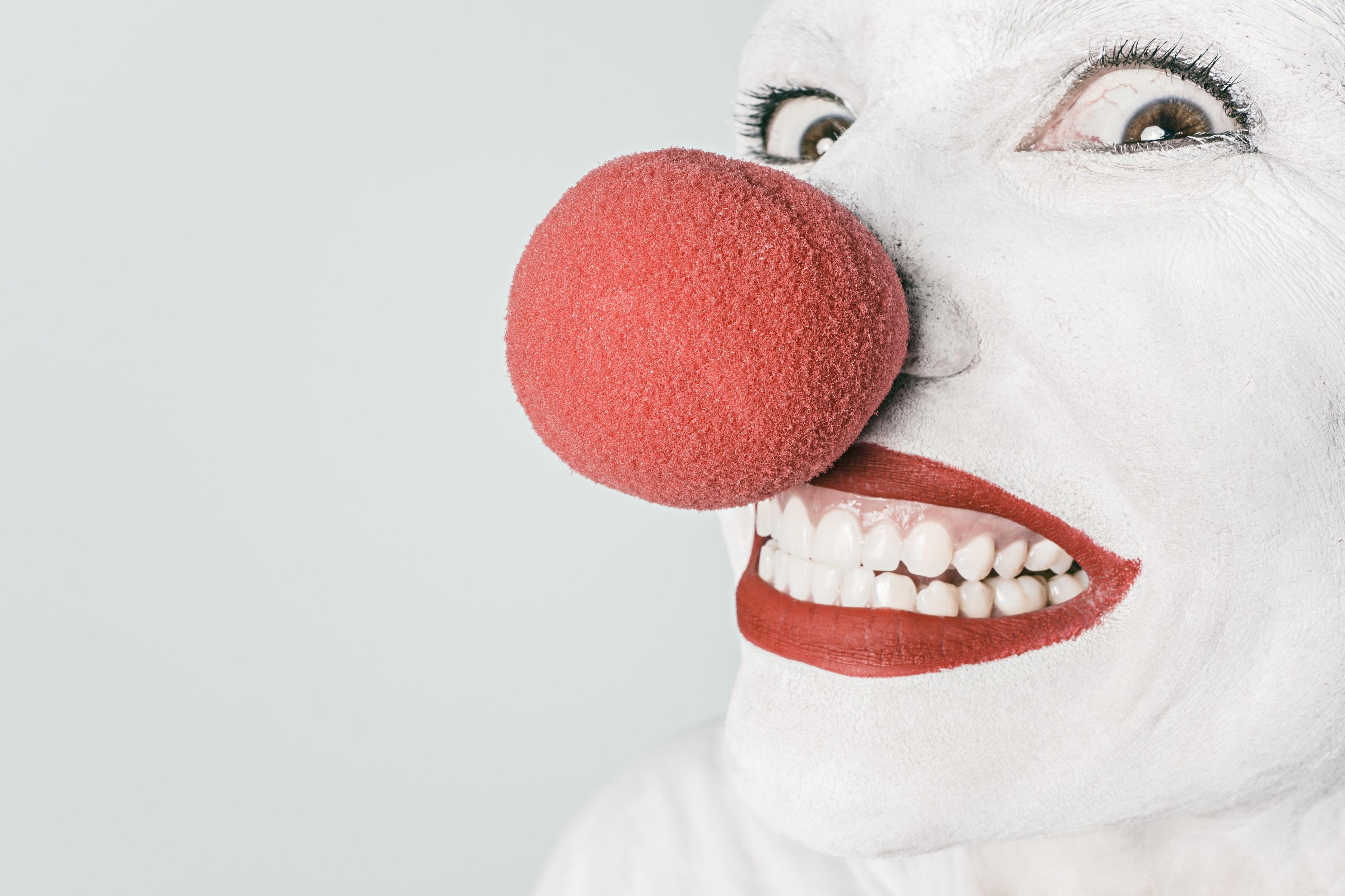 attraktiver werden Rote Nase